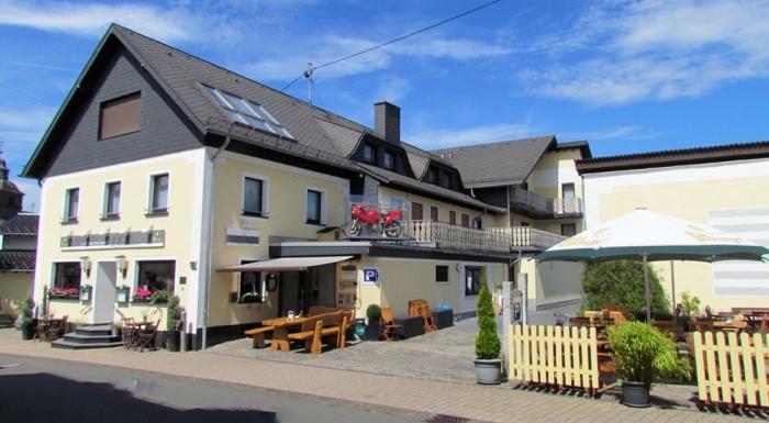 Fahrradfahrerfreundliches Hotel Hüllen in Barweiler - Nähe Nürburgring
