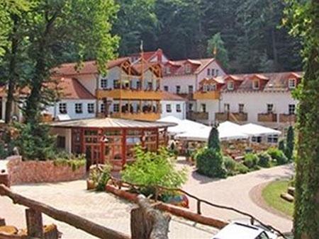 Fahrradfahrerfreundliches Schloss Hotel Landstuhl in Landstuhl