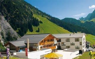 Fahrradfahrerfreundliches Sporthotel Steffisalp in Warth